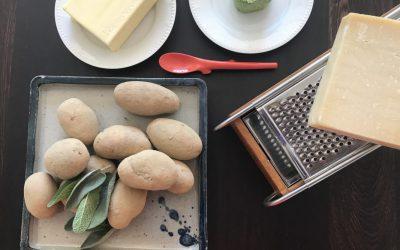 selbstgemachte Gnocchi mit Salbeibutter